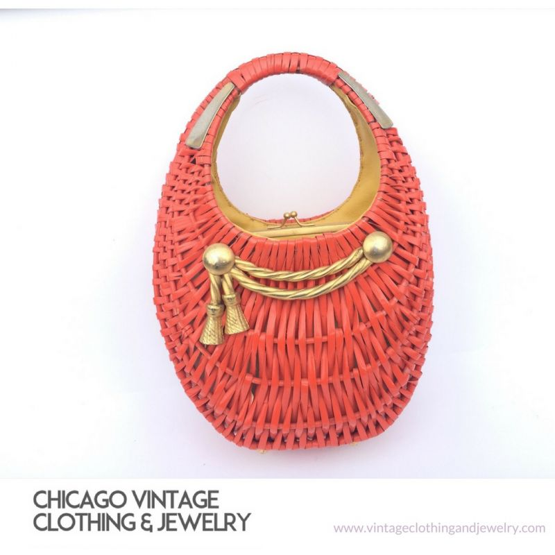 She comes in colors chicago vintage clothing and jewelry for Jewelry show chicago 2018