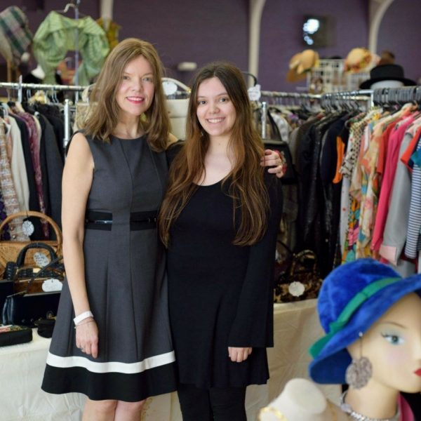 FULL of amazing vintage clothing, jewelry and accessories. In Chicago's Edgewater neighborhood at St. Andrews Greek Orthodox