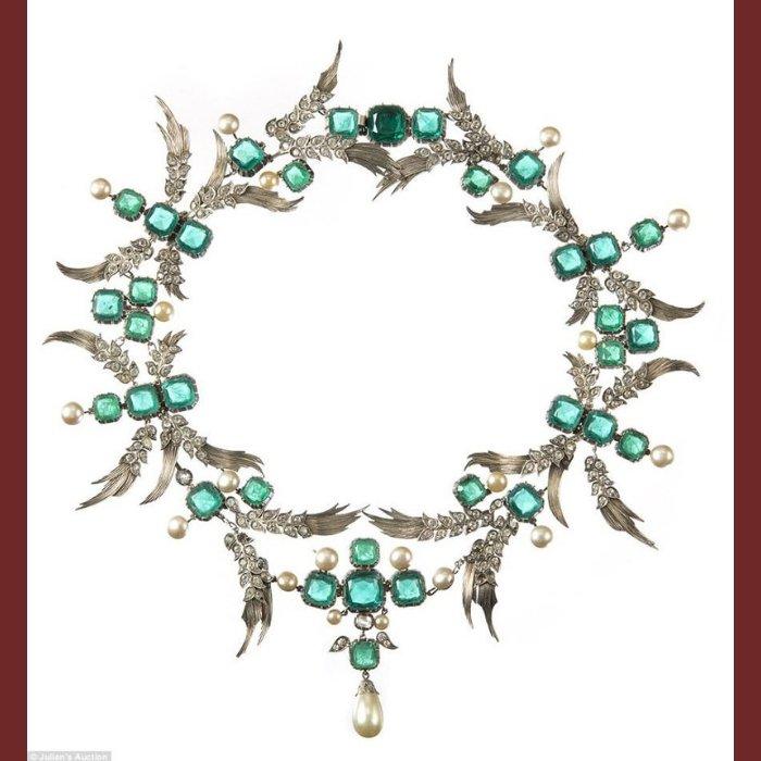 Stunning necklace JOH Eugene Joseff of Hollywood
